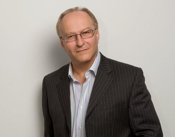 Dr Simon Rosenbaum